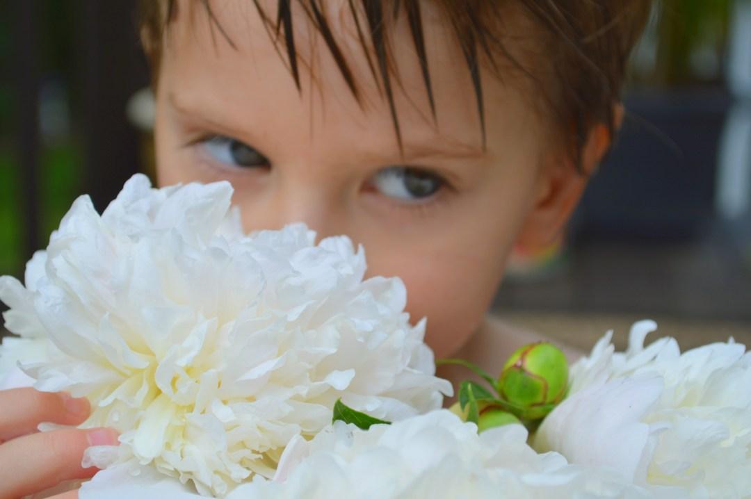 DSC_0156-Both looking Flower smelling PRINT 8x10