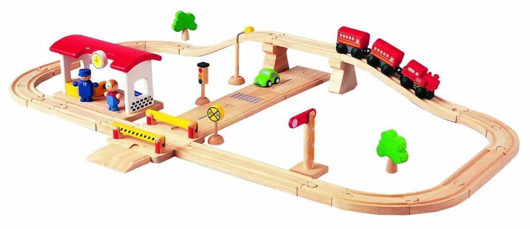 Plan toy