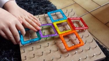 Les explorations nous ont poussés jusqu'aux divers patrons du cube, intéressant !