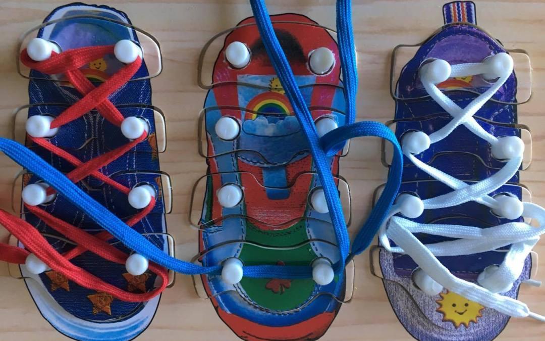Montessori e a independência através da roupa