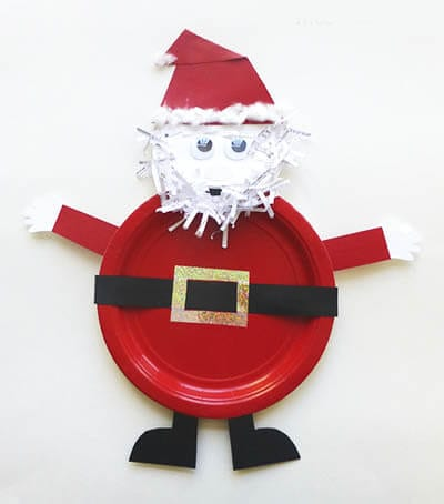 Santa Claus mula sa isang disposable plate.