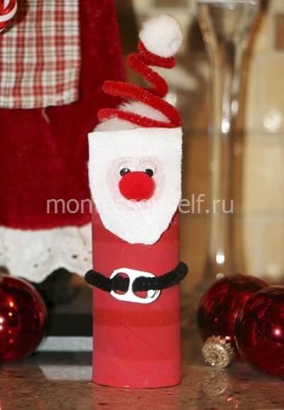 Santa Claus z lepenkové role