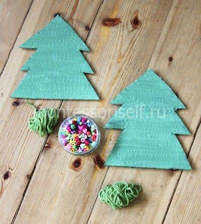 Рождество ағашында кесіңіз және дақ