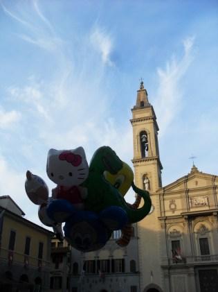 Montevarchi è un luogo incantevole, in cui cultura, storia e tradizione si fondono col tessuto urbano. Noi l'amiamo. E tu?