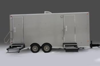 restroom-trailer-exterior