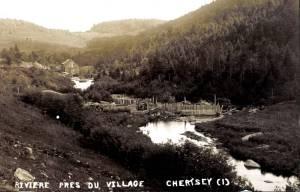 Rivière près du village de Chertsey