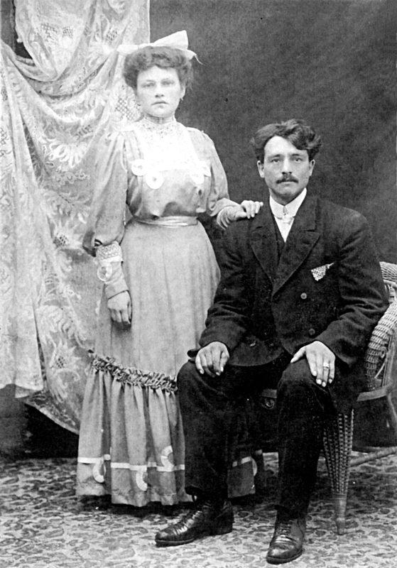 Gilbert Miron et Marguerite Bourgeois à leur mariage, en 1907