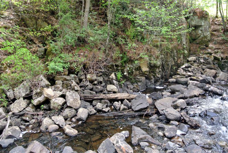Fouilles des moulins de la Jean-Venne 2017: À partir de sous le pont