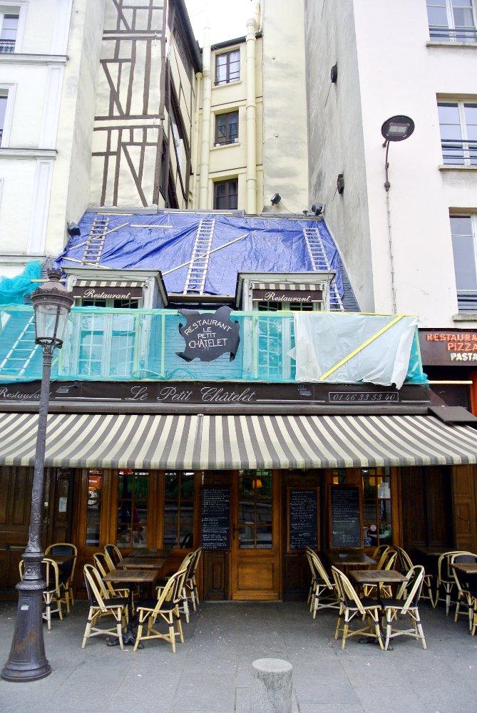 Restaurant sur les quais
