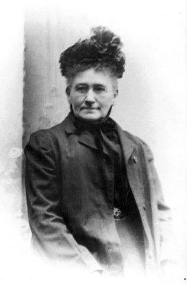 Marie-Émilie Deguise, grand-maman Viau