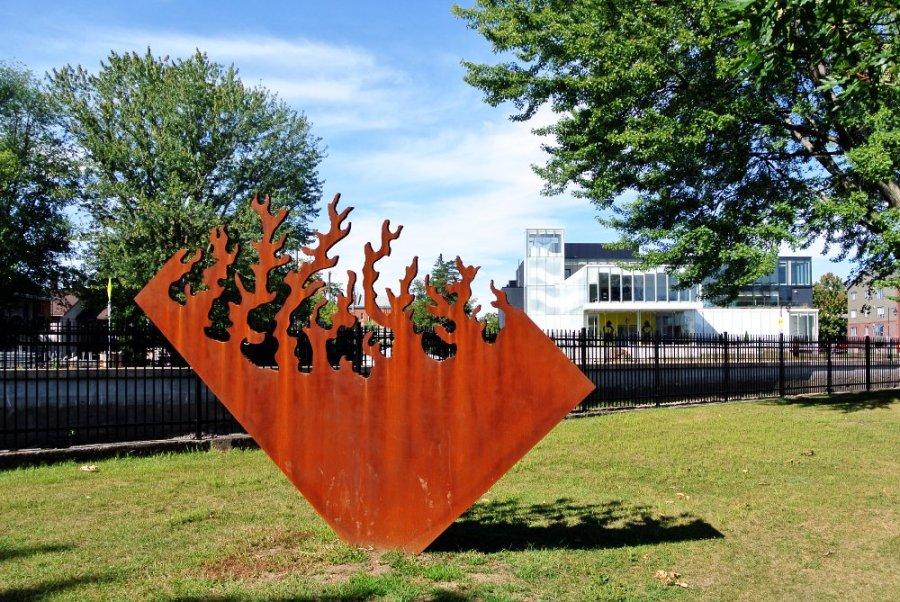 Musée de Joliette et sculpture de Jean Brillant