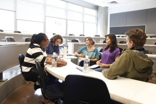 Crowdfunding Discussion Uniq Hostel