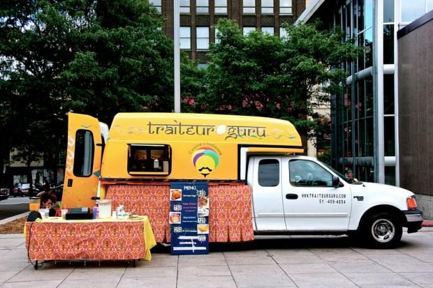 Food truck. Traiteur Guru.