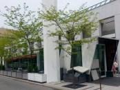 Taverne F. Place des Arts.