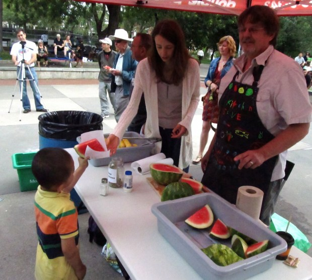 Free Watermelon. Country en Ville. 2015. Photo Evelyn Richardson-Haughey