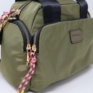 bolso de nylon verde militar