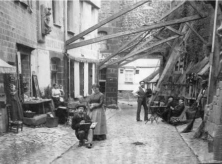 Mont-Saint-Michel soutien remparts