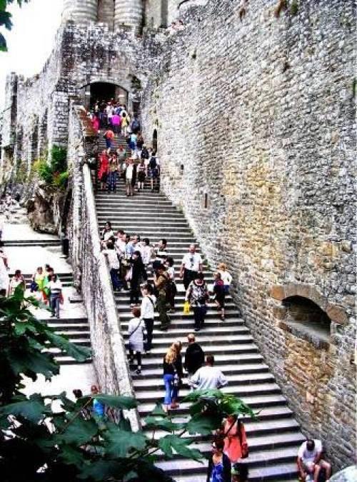 Escalier d'accès pour la visite de l'abbaye