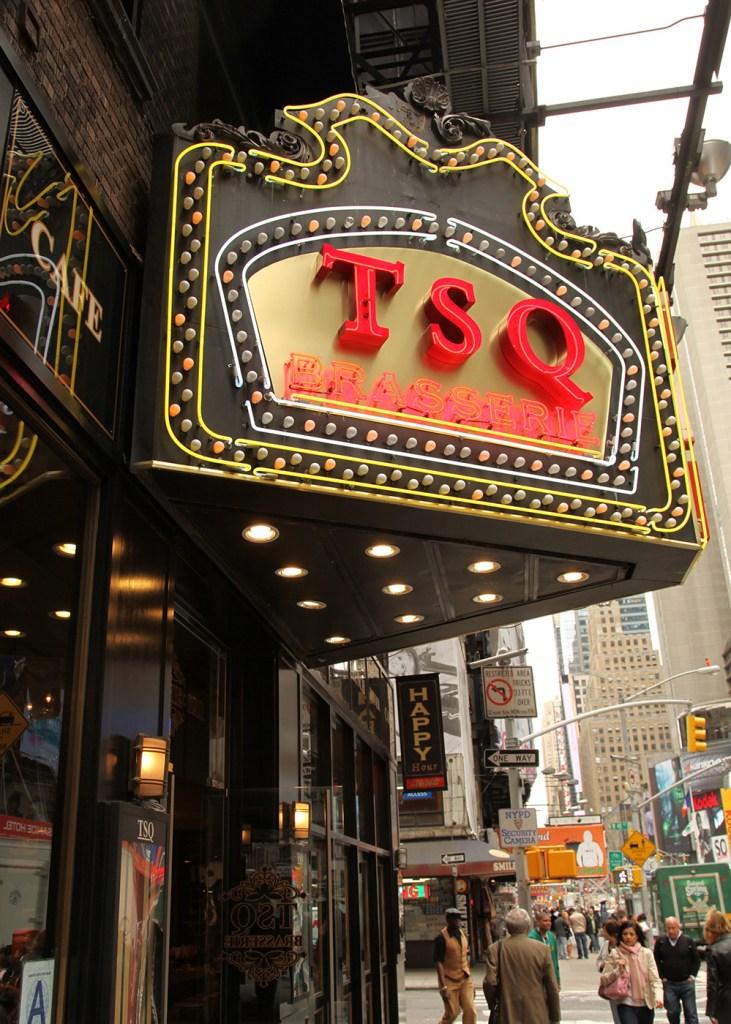 New York Bar on Broadway