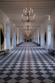 Chenonceau's 60-metre long gallery