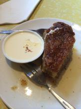 Cliffy's homebaked cake + yoghurt