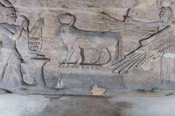 Catacomb of Kom El Shoqafa_006