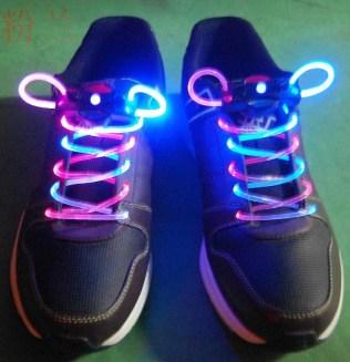 LED_flashing_shoelace