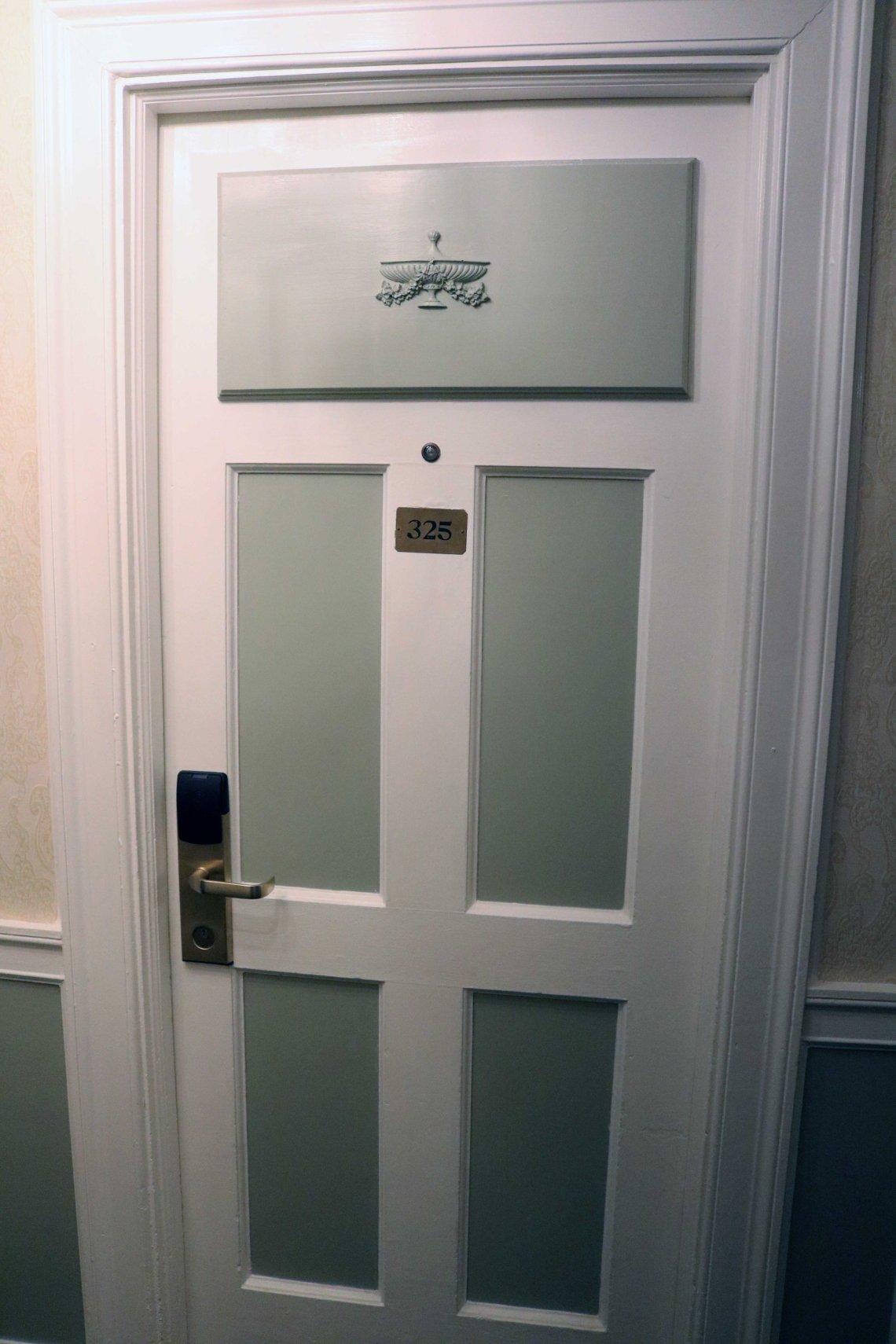 hawthorne hotel room 326