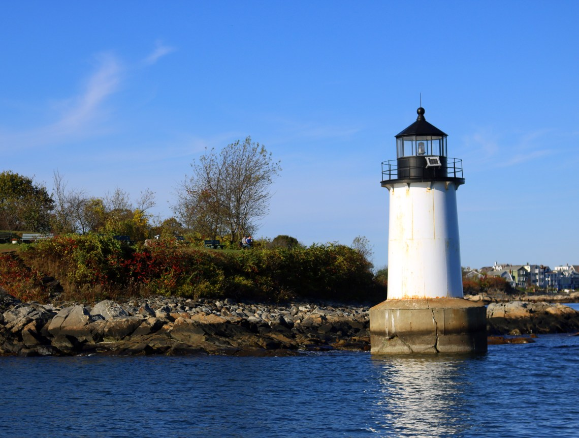 lighthouse salem mass