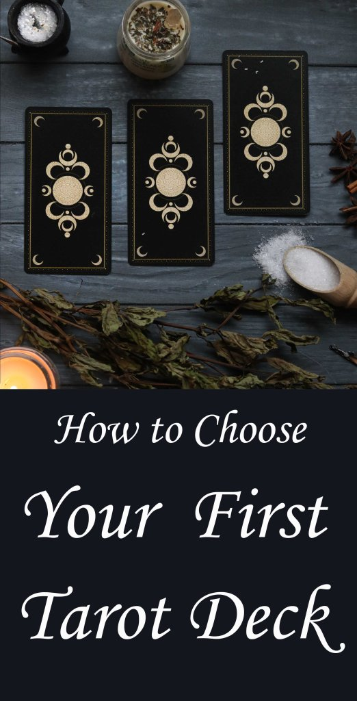 Tips for choosing a tarot deck.