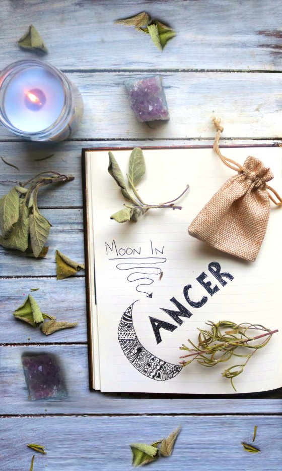 Creative ideas for a book of shadows, grimoire, or personal spell book. Super fun and cute!