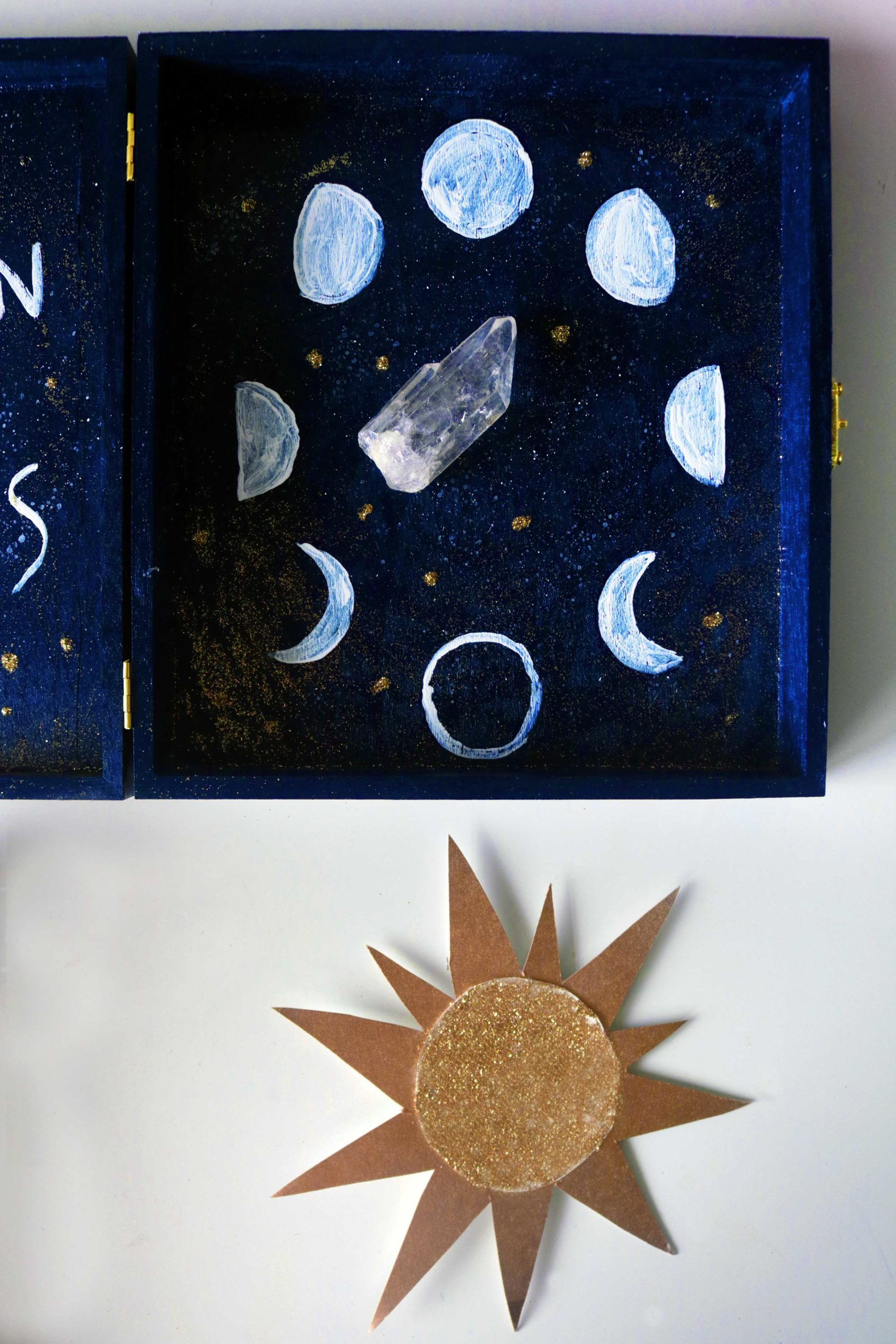 Moon phase tracker easy DIY craft.