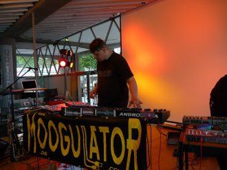 moogulator_12