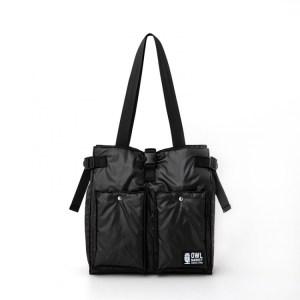 2021年5月発売ムック本OWL MARKET 6ポケット中綿スクエアバッグBOOK付録のバッグ