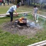 營火取暖添氣氛