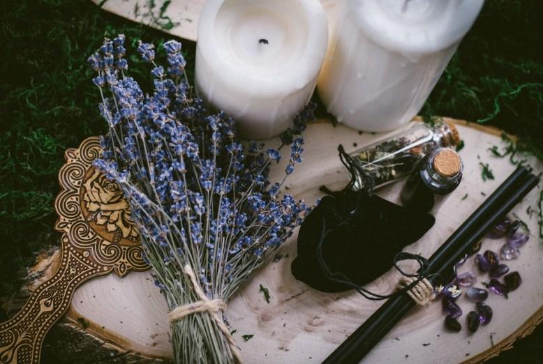 Аффирмации для ведьм и не только. Как не терять уверенность в себе и своих силах 1