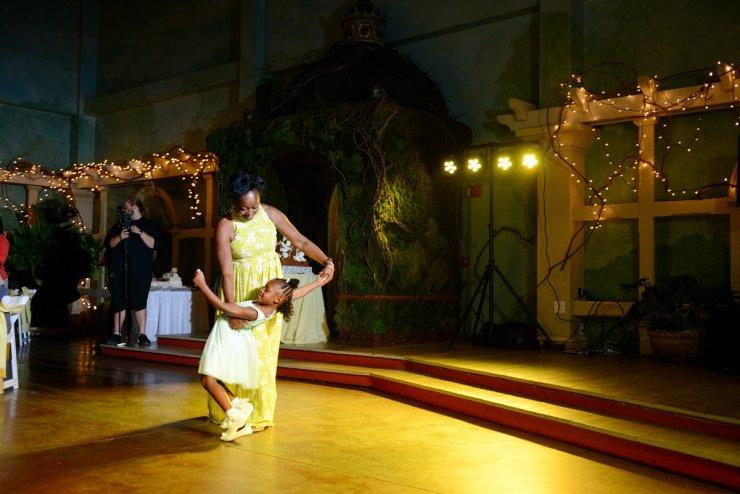 83-huntsville-botanical-gardens-wedding-photographer