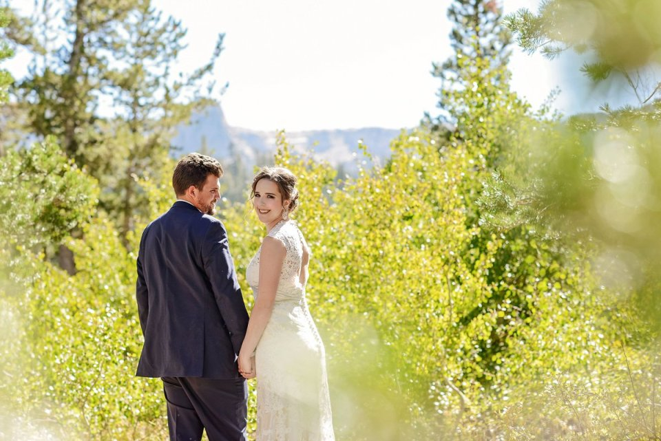 19-tamarack-lodge-twin-lakes-mammoth-wedding-photographer
