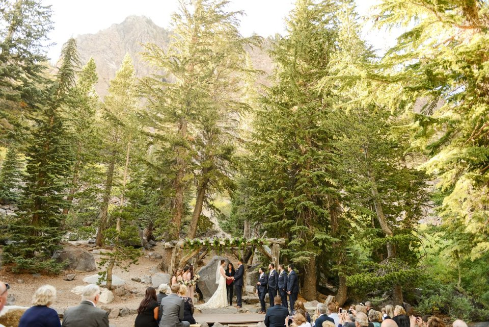 37-tamarack-lodge-forest-chapel-wedding-photographer