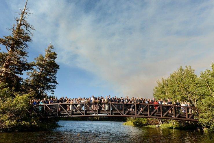 48-tamarack-lodge-twin-lakes-mammoth-wedding-photographer-bridge