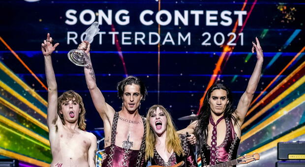 Neither silent nor good the Maneskin triumph at the Eurovision Song Contest  2021   Moondo