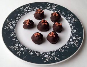 Vaarika-šokolaaditrühvlid