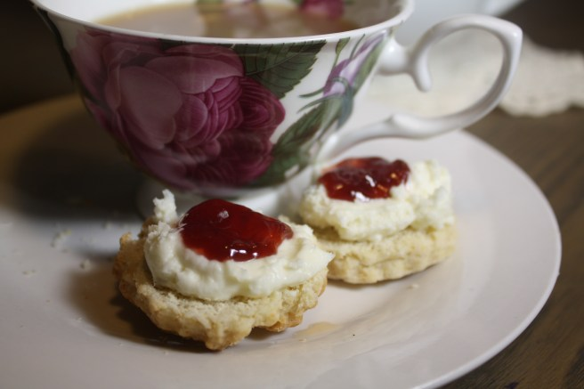 Moonshine in a Teacup| JG's amazing scone recipe
