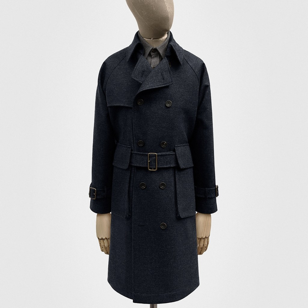 trench coat SEH Kelly couleur navy en tweed vue de plein pied // page les marques qu'on aime