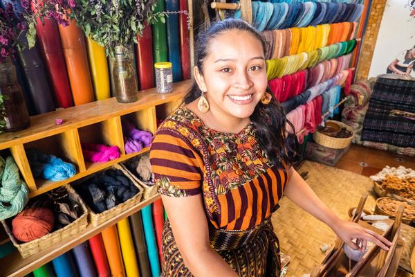 Guatemalan, Casa Flor Ixcaco, weaver artisan