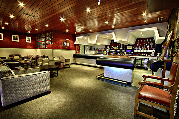 Moor Allerton Golf Club - Bar Area