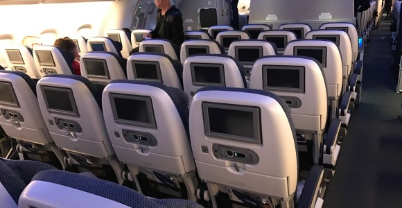 Why I Generally Don't Like Seat Back IFE Screens