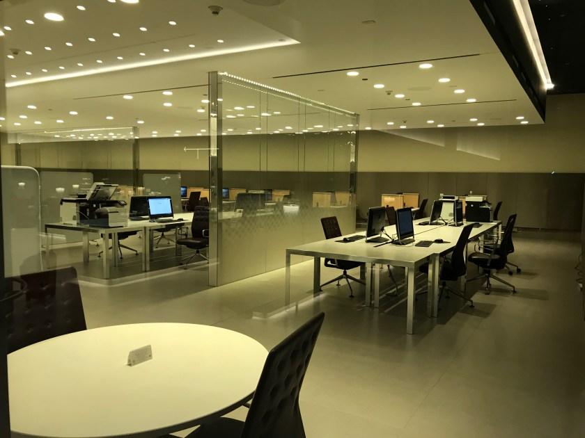 Al Mourjan Business Class Lounge Business Center Workstation