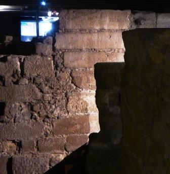 paris-crypt-5