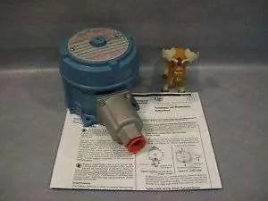 United Electric J120-S156B Pressure Switch